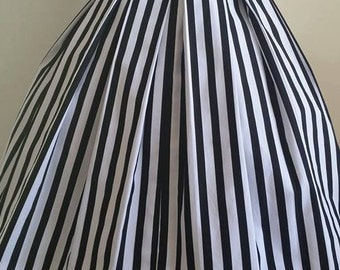 Retro 50's rockabilly pin-up girl pleated skirt