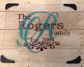 Personalized glass cutting board // personalized wedding gifts // glass cutting board // personalized house warming gift //