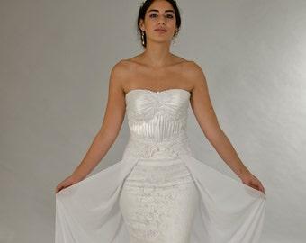 Classic wedding dress, Lace wedding dress, White dress, Wedding dress, Bridal dress.