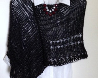 poncho.Bolero.Chal.top mujer.handmade, color black-black, handmade. fabric to two needles