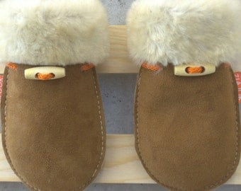 ZIAJOK sheepskin baby mittens FOREST HONEY. For autumn and winter. Great Christmas gift for baby and toddler.