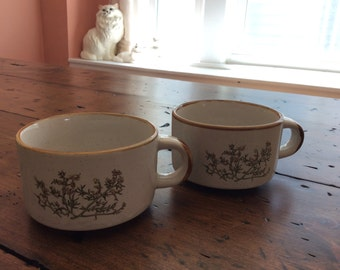 Vintage 70s Stoneware Soup Mugs Wildflowers (A808)