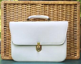 Vintage White Purse - 1960's JACLYN USA White Vinyl Classic Handbag