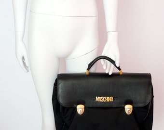 Moschino Redwall vintage Business briefcase bag messenger handbag nylo leather gold moschino letters laptop bag