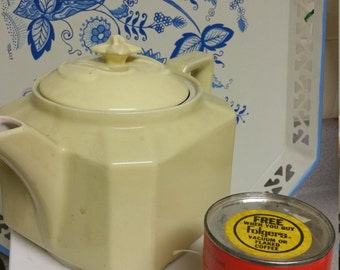 Vintage, 30s, Folgers Coffee Pot, Automatic drip, Creamy Yellow Ceramic, Advertising Canned Puzzle never opened.