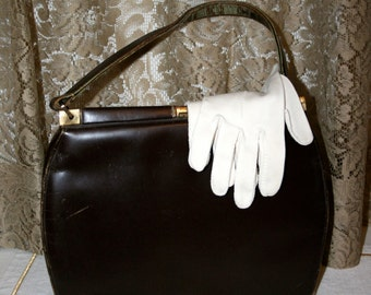 Brown Handbag and Two Pair of Gloves//Purse and Gloves//Store Props//Vintage Handbag and Gloves