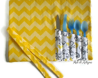 Placemat with pouch practical utensil - yellow Chevrons and floral yellow and grey