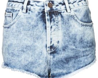 Topshop blue light denim moto mid stone holly acid wash denim shorts hotpants