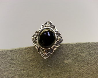 Vintage Black Onyx, Marcasite and Sterling Silver Ring - Size 7 3/4