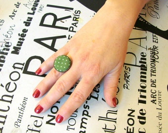 Green ring Button ring green Vintage style ring Gift for her Boho ring green Boho accessory Fabric button ring Bohemian ring