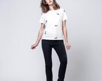 "White T - Shirt - Casual Shirt -  Cotton Shirt - Women Clothing - Printed Shirt - Nautical Shirt - Blouse - Shell Print Shirt - ""Emma"""