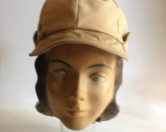 vintage womens sports cap / vintage sports cap / 1950s womens hat / womens gatsby hat / 1950s summer fashion / pin up girl hat