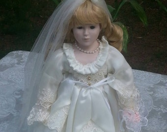 Porcelain Bridal Doll with full length lace bridal gown and Veil with faux pearl necklace/Vintage