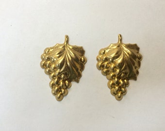Brass Stamping - Brass Grape Cluster with Leaves - Set of 2