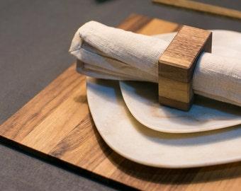 Wooden napkin holder PAPRIKA.