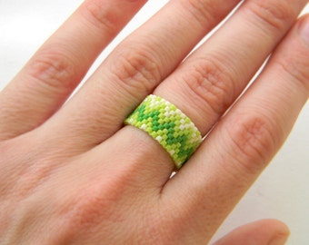 Lime beaded ring Light green ring Zigzag ring Seed bead ring Lime peyote ring Hippie ring Summer ring Green ring Middle finger ring Beadwork