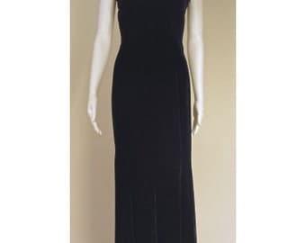 Midnight Blue V-Neck Velvet Gown