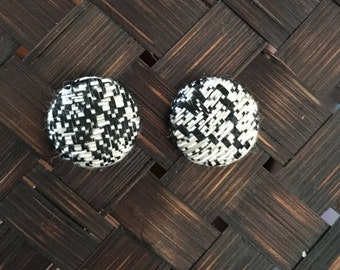 15mm Black/White Textured Fabric Studs