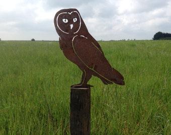 Rusty Owl / Rusty Metal Garden Art / Owl Garden gift / Owl Silhouette / Metal garden decor / Bird Garden Art / Rusty Bird / Owl Fence topper