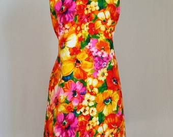 Plus Size Dress 1960s Vintage Dress Sheath Wiggle Dress Cotton Brocade in Floral Print Channel 1 By Bill Sims Size 20 Vintage Clothing