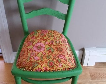 Retro Distressed Green Chair