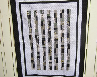 Modern Black and White Quilt / Contemporary / Lap Quilt / Custom Quilting / Women's Gift Ideas