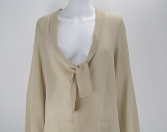 Blouse with tie