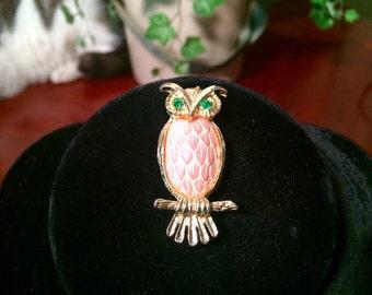 Vintage Owl Brooch Pin Goldtone