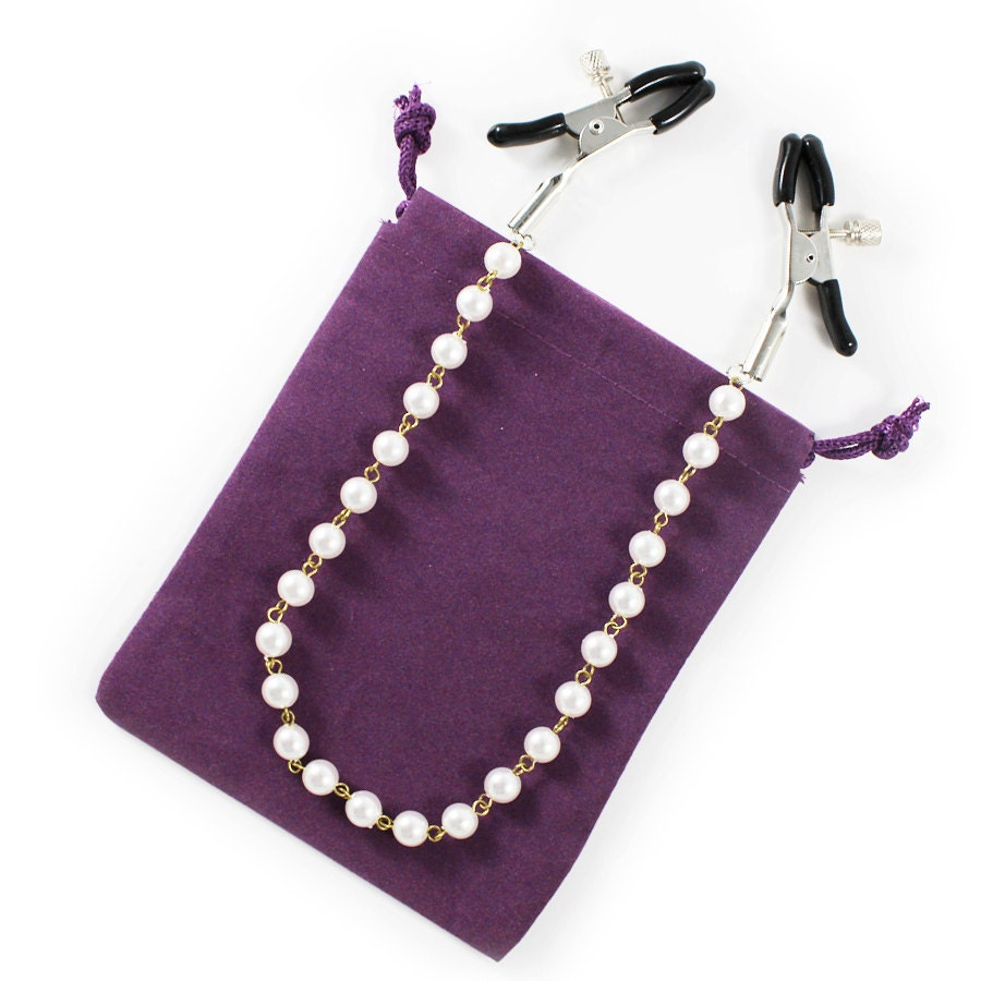 Nipple clamps with luster faux pearl link chain sexy bdsm for Pierced nipple stretching jewelry
