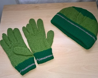 Men's hand knitted Hat and gloves set