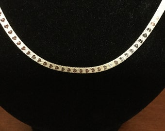 Silver flat chain with hearts