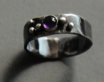 Silver ring with amethyst. Size 7
