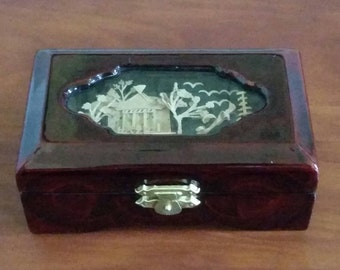 Vintage Chinese Carved Cork Maroon Lacquer  Jewelry/ Trinket Box