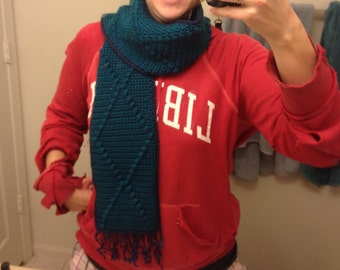 Diamond Cabled Scarf