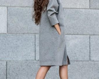 Woman coat, single cut coat, gray coat, wool coat, warm coat, winter coat, fashionable coat, elegant coat, business coat