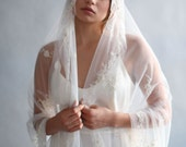 Mantilla veil - Vintage inspired, beaded Mantilla, fingertip veil - Style 637 - Ready to Ship