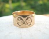 Sweet Victorian Gold Band, Wide Cigar Band Ring in 10K Gold, Pretty Fleur de Lis Design, Antique Wedding Ring, Circa 1800's