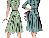 1940s Dropped Waist Dress Button Bodice Gathers adn hips adn shoulders Du Barry 5326 40s Swing Era Vintage Sewing Pattern Size 14 Bust 32