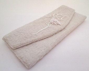 White Bead Bag, Vintage Beaded Clutch Purse, Bridal purse, envelope clutch, white bead purse, Wedding bag, evening bag, formal purse