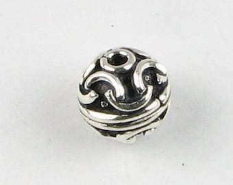 10mm Interesting Bali Sterling Silver Bead, Antiqued Solid Round Bead with Line Designs, Jewelry Bead, Focal Bead  (1 bead)