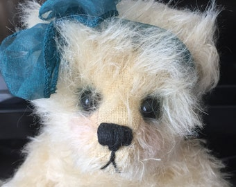 "Artist Bear ""Carli"" by Nita Schwenn ~ Adorable OOAK Mohair ~ Rare Unitabear Collectible"