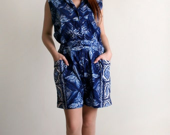 Vintage 1970s Hawaiian Romper - Dark Royal Blue Floral Print Playsuit - Medium Large