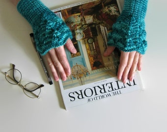 Emerald Green Wool Lace Arm Warmers Knitted, Teal Wristers, Women Fingerless Gloves, Hand Knit, Winter, Mittens, Wrist Cuff, Gifts for Her