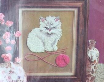 Vintage Avon Kitten Cat Crewel Embroidery Kit / Vintage Retro Playful Kitten Picture Wool Needlecraft