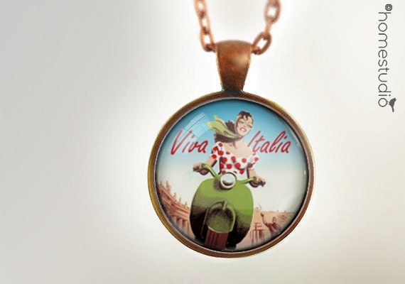Viva Italia : Glass Dome Necklace, Pendant or Keychain Key Ring. Gift Present metal round art photo jewelry HomeStudio. Silver Copper Bronze