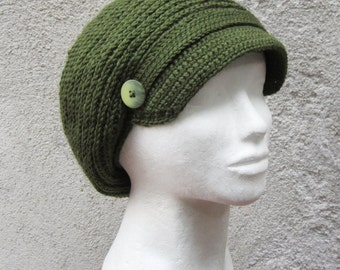 Newsboy cap,newsboy hat,crochet newsboy beret,brimmed hat,brimmed beret,olive green hat,dried herb,army green,gift for her,slouchy hat