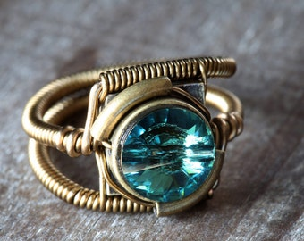 Steampunk Jewelry - RING - Erinite Green Swarovski Crystal