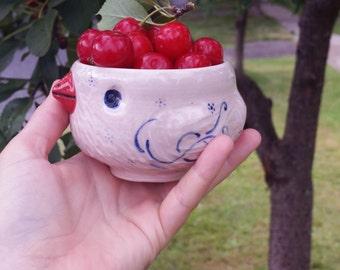 Petunia Pink Bird Tea Bowl