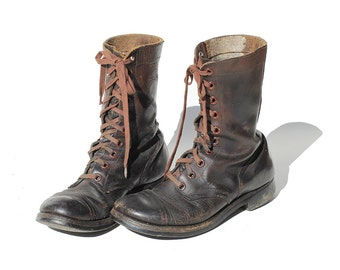 Size 8.5 Men's Distressed Brown Leather Combat Boots