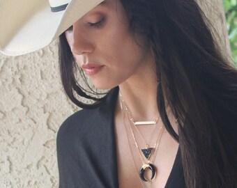 Bohemian Necklace, Double Horn Necklace, Bone Horn Necklace, Gold Layering Necklace, Long Necklace, Boho Necklace, Bohemian Jewelry